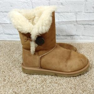 Uggs | Bailey One button Boot